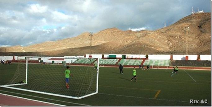 ... decidió elevar propuesta de adjudicación para la instalación de las  nuevas superficies de césped artificial de los campos de fútbol de Gran  Tarajal ... 3b3d07c88884b